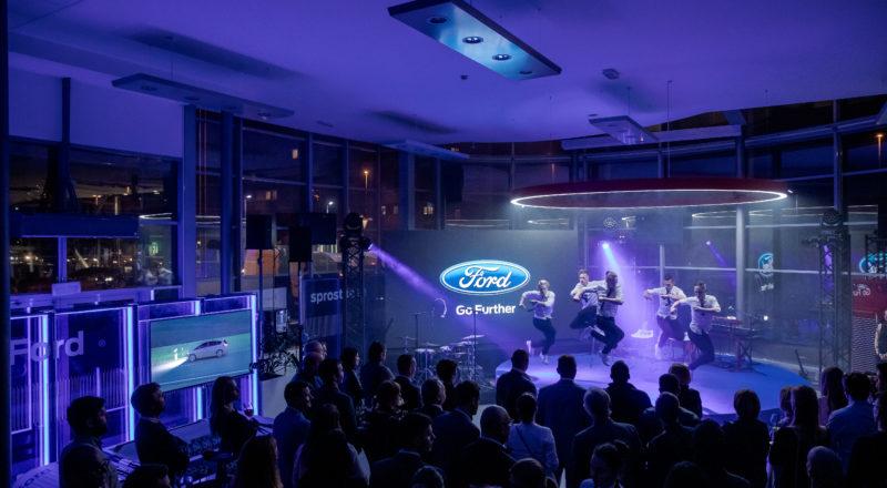 Ford obeležil 25 let delovanja v Sloveniji v prenovljenem salonu FordStore Summit avto