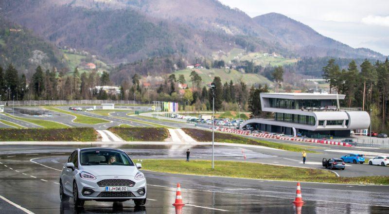 6. Fordova akademija varne dinamične vožnje – za lastnike Mustangov, Focus RSov, Fiest ST