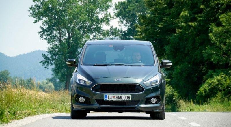 Test Forda S-Maxa ST-line – Športne ambicije – Volan