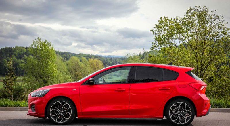 Ford Focus ST Line je vsakdanje uporaben avtomobil v športni podobi