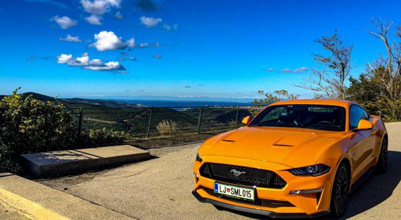 Ford Mustang v rokah nagrajenca