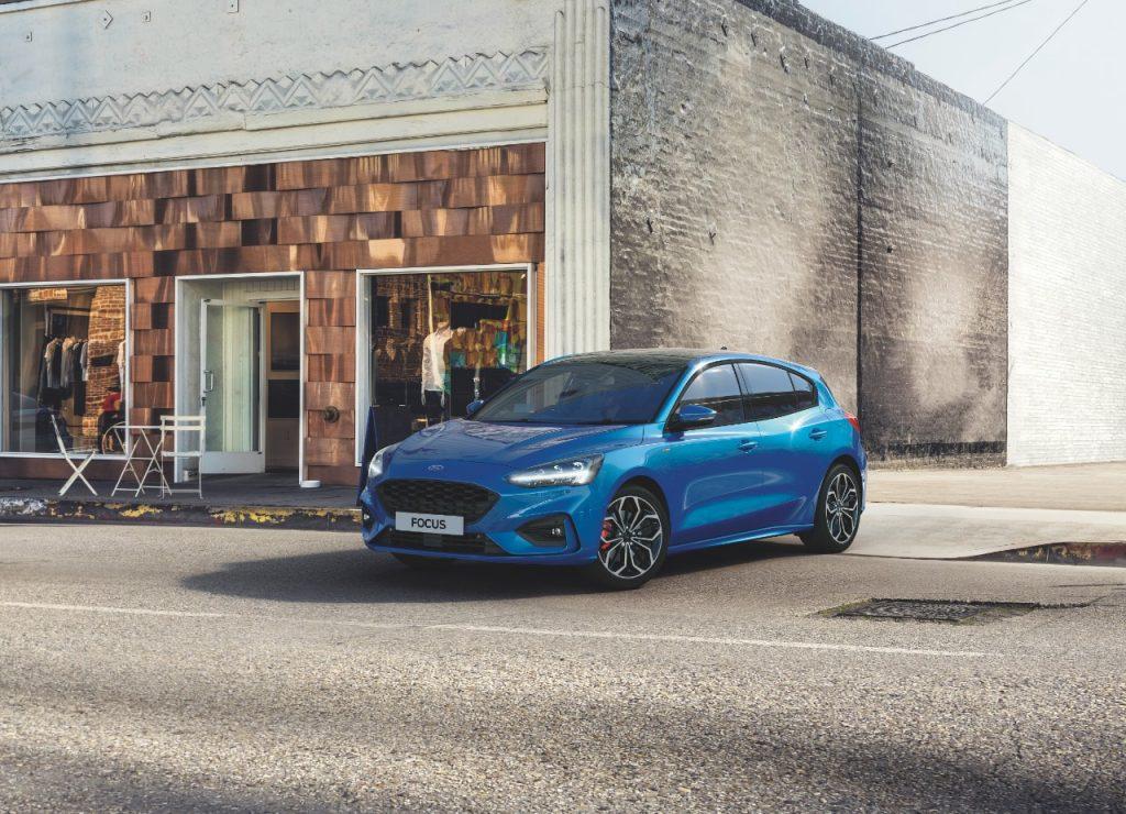 Ford Focus z varčnim elektrificiranim pogonskim sklopom EcoBoost Hibridom
