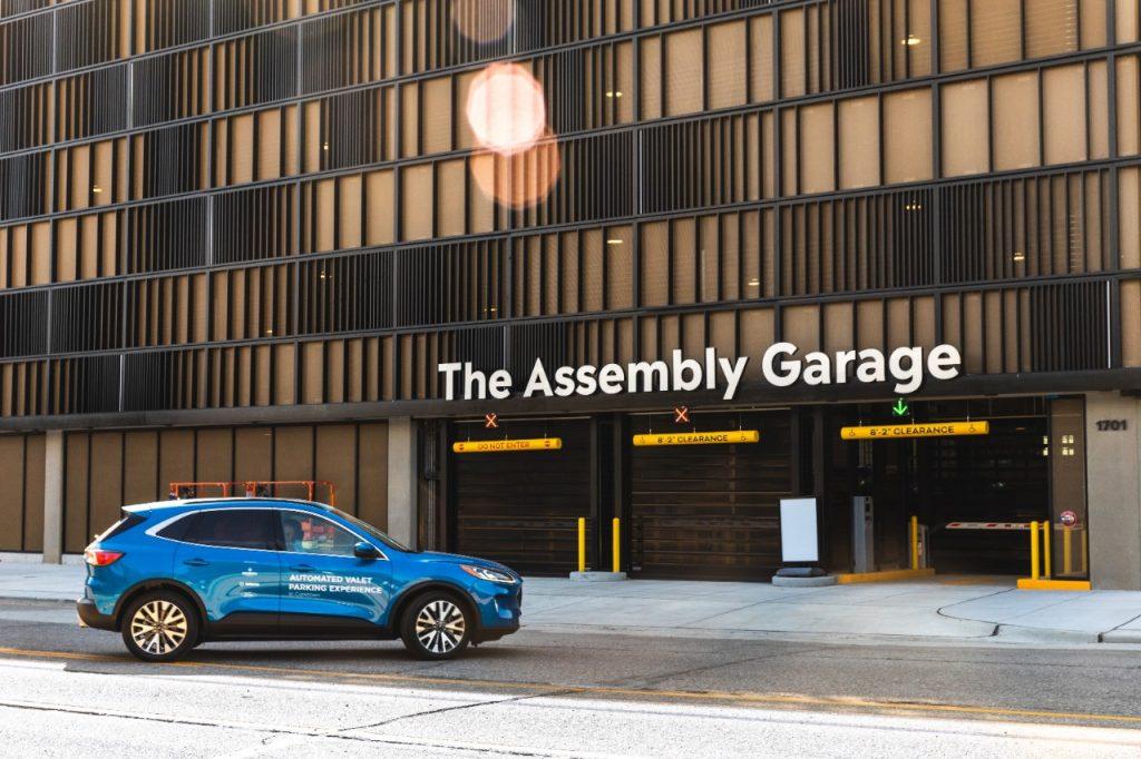 Ford testira avtomatizirano parkiranje vozila