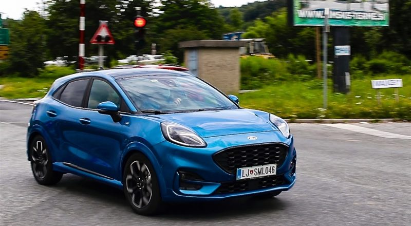 Kaj vozniki in voznice menijo o praktični uporabi hibridov?
