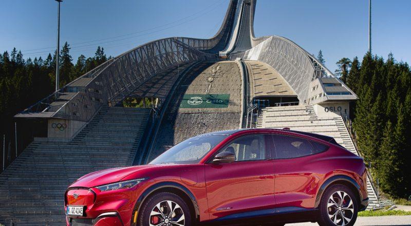 Mustang Mach-E riše nasmehe na obraze voznikov
