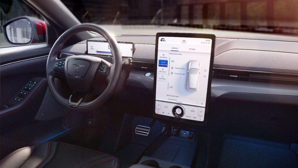 Fordov sistem SYNC naslednje generacije v električnem Mustangu Mach-E