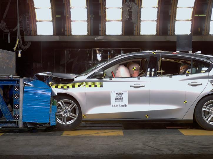 Fordovi testi trkov na novem, višjem nivoju