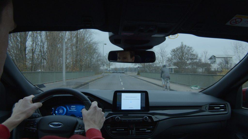 Fordovo vetrobransko steklo poskrbi za odlično preglednost