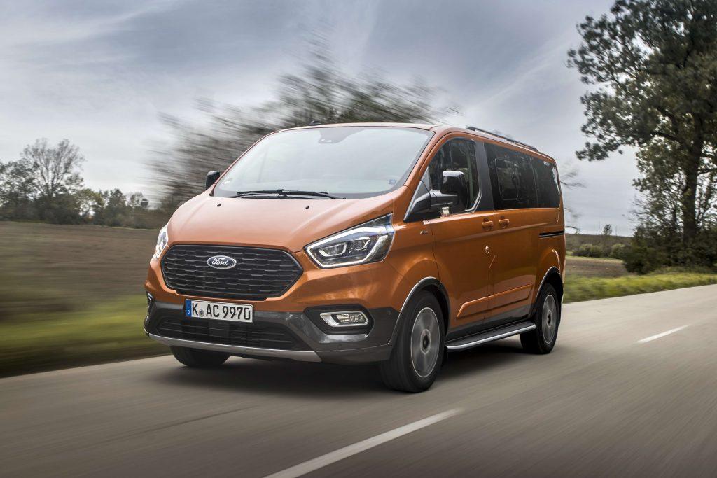 Predstavitev novih različic Ford Custom modela: Trail in Active