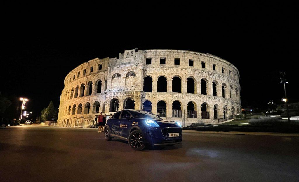 Poletne dogodivščine s Ford Pumo v Istri